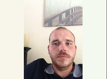 EasyRoommate UK - James beasley - 31 - Redditch