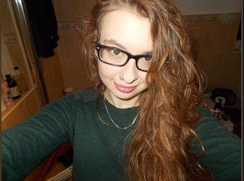 EasyRoommate UK - Helen - 18 - Bradford