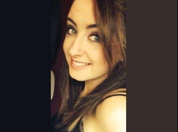 Lauren - 20 - Professional