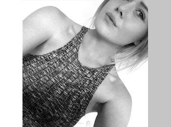 EasyRoommate UK - Molly Davidson - 18 - Falmouth