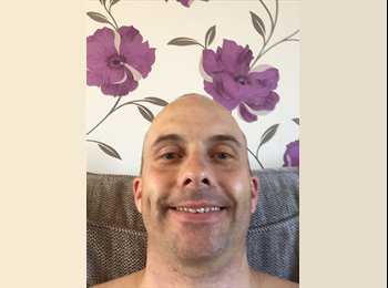 EasyRoommate UK - Ben - 39 - Brighton and Hove