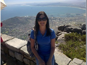 EasyRoommate UK - Claire - 31 - Guernsey
