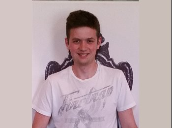 EasyRoommate UK - Toby Griffiths - 22 - Derby