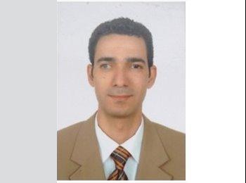 Mokhtar Elareshi - 42 - Professional
