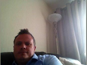 EasyRoommate UK - Steve - 42 - Tamworth