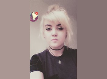 EasyRoommate UK - Zoe - 18 - Pontypridd