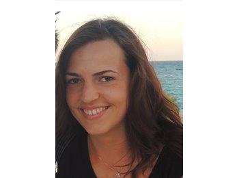 Susanna - 27 - Student