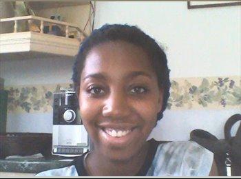 Mariah - 19 - Student