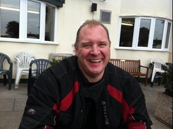 EasyRoommate UK - ian - 49 - Warrington