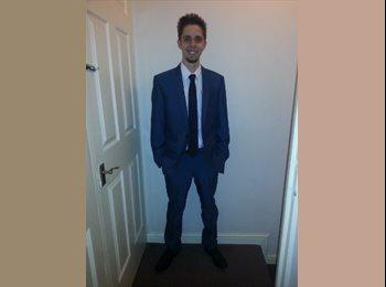 EasyRoommate UK - David Falloss - 24 - Milton Keynes