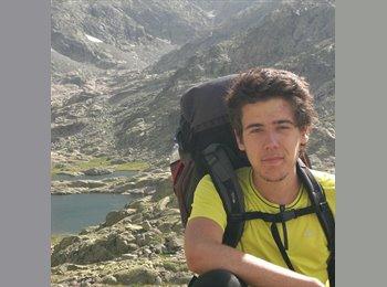 Tiago - 18 - Student