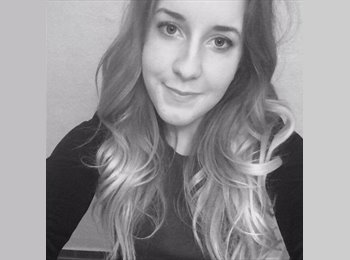 EasyRoommate UK - Sarah Hansen - 18 - London