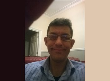 EasyRoommate UK - Julian - 46 - Chester