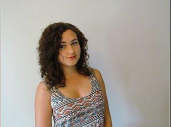 EasyRoommate UK - Lauren - 19 - Sheffield