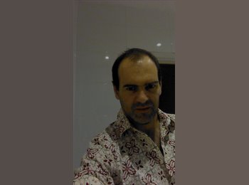 EasyRoommate UK - Dario - 41 - London