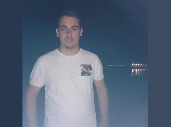 EasyRoommate UK - Stefano - 21 - Birmingham