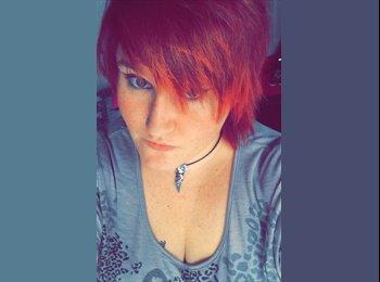 EasyRoommate UK - Aimee - 19 - Peterborough