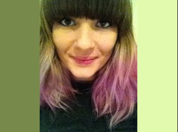 EasyRoommate UK - Annie - 19 - Brighton and Hove