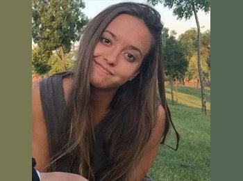 Raquel - 21 - Student