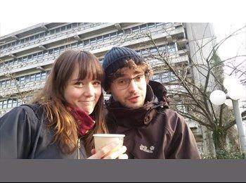 EasyRoommate UK - Ines and Franz - 25 - Edinburgh