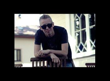 EasyRoommate UK - Nikolajs - 0 - Barnsley