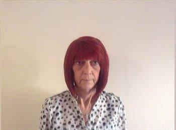 EasyRoommate UK - Christine Notman - 50 - Stafford