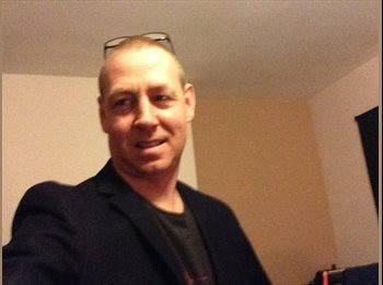EasyRoommate UK - David hurst - 47 - Luton