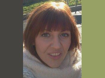 EasyRoommate UK - Adriana Udrea - 30 - Crawley