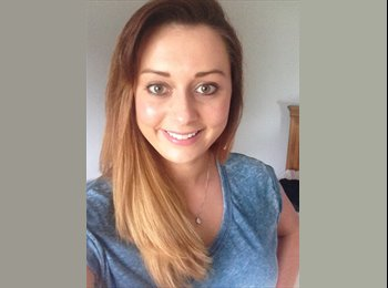 EasyRoommate UK - Charly - 23 - Colchester