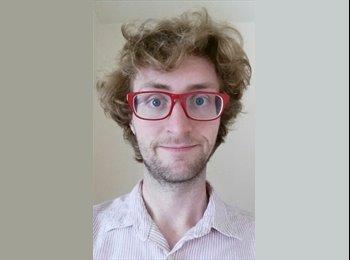 Andrew - 25 - Professional