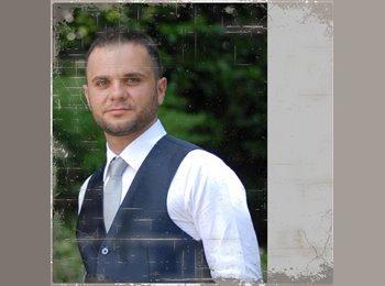 Ivano - 30 - Student