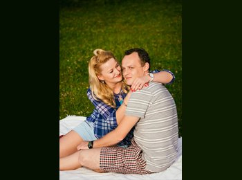 EasyRoommate UK - Andreea and George - 30 - Bournemouth