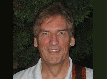 EasyRoommate UK - Jim McGuire - 60 - Edinburgh