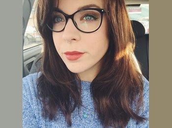 Helen  - 26 - Professional