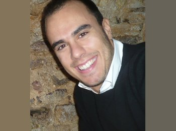 EasyRoommate UK - Lorenzo - 28 - London