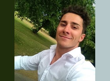 EasyRoommate UK - Mattia - 22 - London