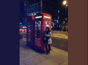 EasyRoommate UK - Mariana Vásquez  - 18 - Manchester