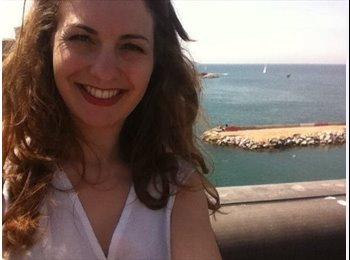 EasyRoommate UK - Florine - 21 - Edinburgh