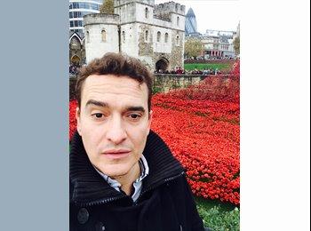 EasyRoommate UK - Víctor Calvente  - 37 - London