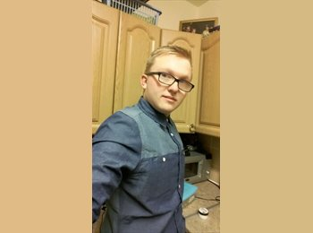 Chris - 19 - Professional