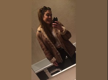 EasyRoommate UK - Carla - 18 - Glasgow