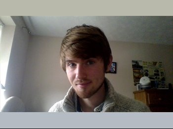 EasyRoommate UK - Andrew  - 20 - Leicester