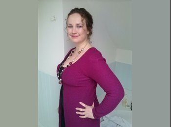 EasyRoommate UK - Kate - 36 - Preston