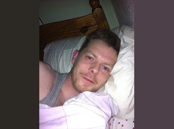 EasyRoommate UK - Chris - 33 - Liverpool