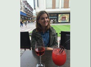 EasyRoommate UK - Becky  - 23 - Exeter