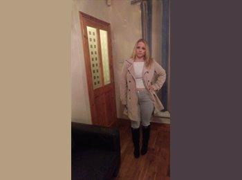EasyRoommate UK - Sophie  - 21 - Derby