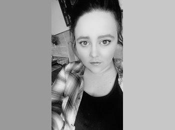 EasyRoommate UK - Michaela  - 21 - Redditch