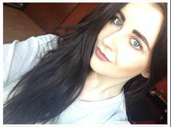Eilean - 18 - Student
