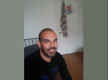 EasyRoommate UK - Carlos - 36 - Bournemouth