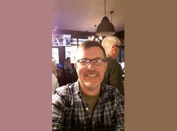 EasyRoommate UK - Chris  - 49 - Milton Keynes